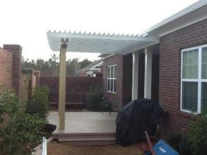 Composite deck and pergola combination in Columbia