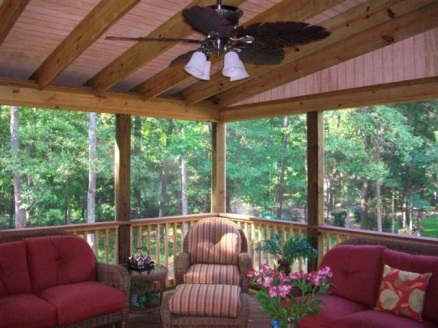 Lovely interior of screened porch in Columbia SC by Archadeck of Central SC