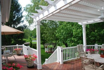 Mahogany Hardwood Deck with trellis