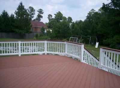 This composite deck in Lexington is a true gem!