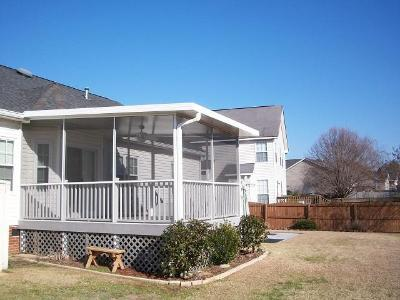 Columbia sc aluminum screened porches custom decks for Shed roof screened porch