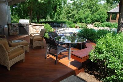Ipe deck with outdoor kitchen