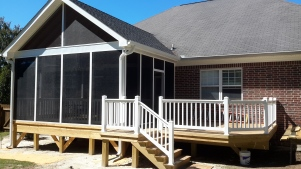 Deck and screened porch combination in Columbia, SC.