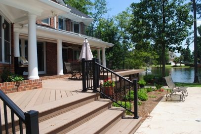 Lake Chapin SC outdoor living environment