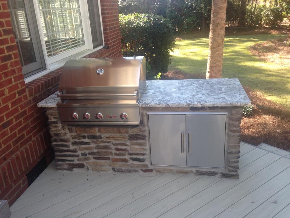 Outdoor kitchen/grill area in NE Columbia