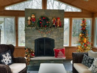 Christmas sunroom by Archadeck of Chicagoland