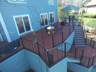 Lake Murray Wooden Deck with Vertical Cable Railing