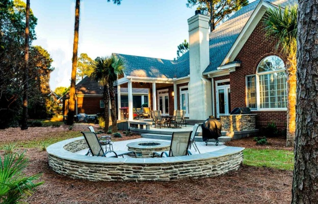 Columbia Patio and Fire Pit Builder